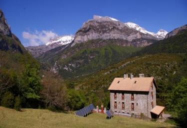 Hotel-Apartamentos de Montaña Usón - Hecho, Huesca