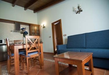 Casa Rural y Aptos Turísticos Sanahuja - Valbona, Teruel