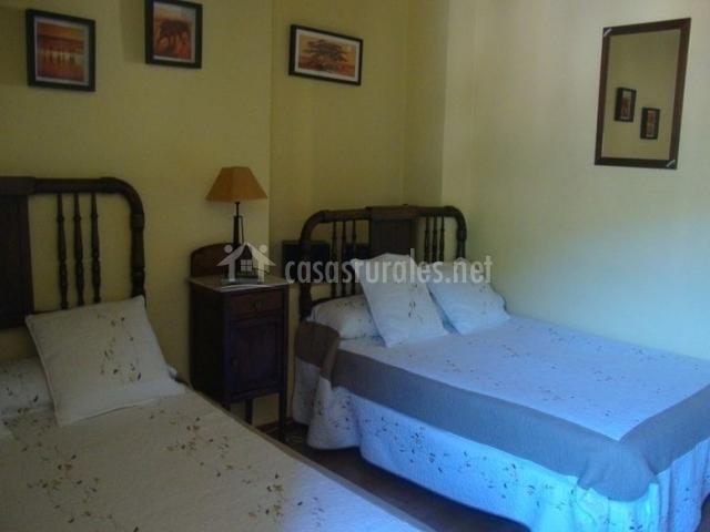 Hotel genestoso en genestoso asturias for Cama familiar