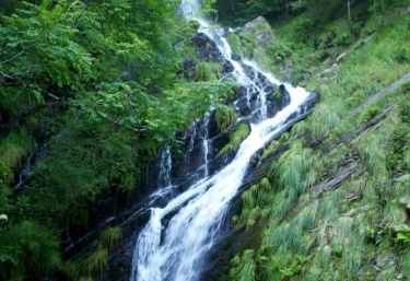 Santa Eulalia y cascadas