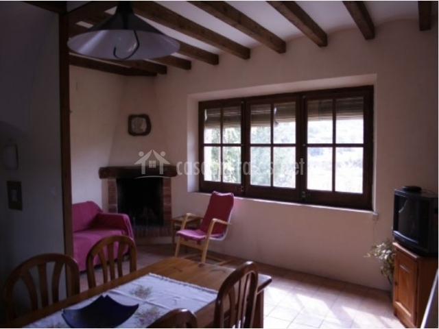 Ca la nuri en senan tarragona - Casa rural con chimenea en la habitacion ...
