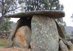 Detalle de dolmen Valencia de Alcántara