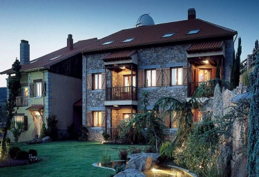 Hotel El Milano Real - Hoyos Del Espino, Ávila