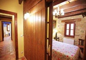 Entrada a dormitorio desde pasillo