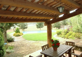 Vistas del porche en madera