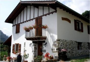 Casa Erlanio - Valcarlos/luzaide, Navarra