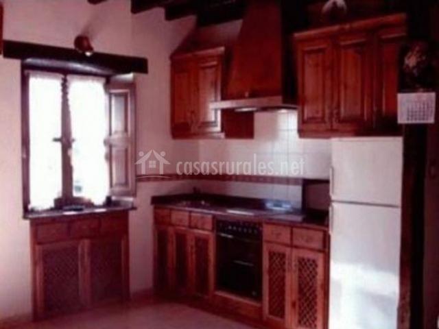 El coteru casas rurales en caviedes cantabria for Muebles de cocina completa