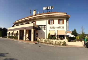 Hotel Ekai - Ecay (Longuida), Navarra