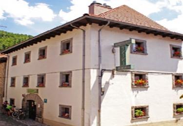Pensión Txiki - Isaba, Navarra