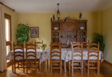 Mesa familiar para las comidas
