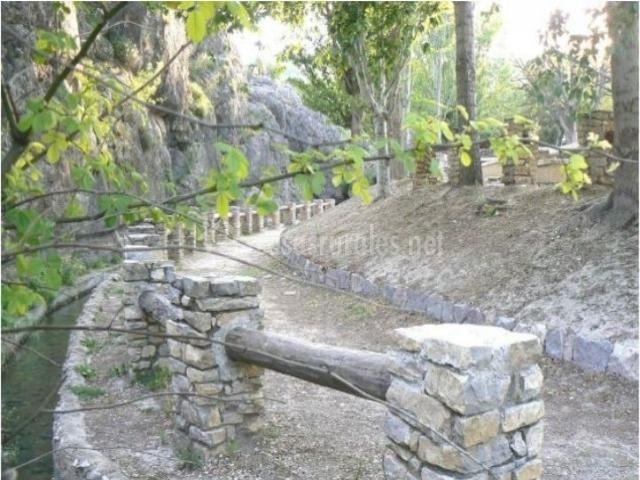 Vuelta del carril en barranda murcia - Vallas de piedra ...
