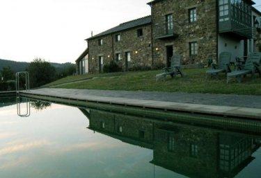 Casas rurales con piscina en galicia - Escapadas rurales galicia ...
