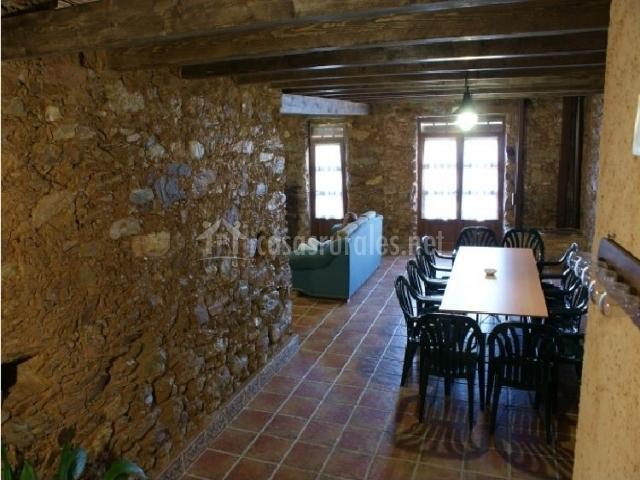 Zona de descanso en el sótano