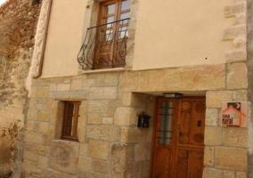 Vistas de la fachada de piedra