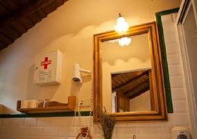 Entrada al baño El Gallinero