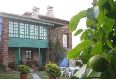 Apartamentos Villar - Tornon, Asturias