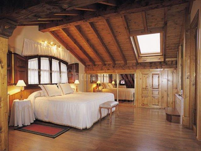 Dúplex con dormitorio muy amplio