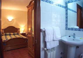 Habitación matrimonio con baño