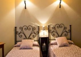 Cuarto con camas individuales