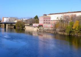 Casa de las Ciencias y río Ebro en Logroño