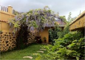 Jardín y adornos exteriores