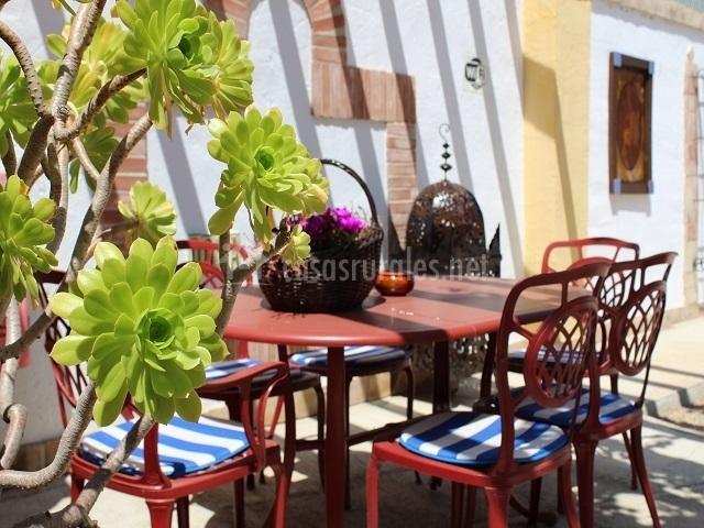 Casa aurora en cangas de onis asturias for Casa jardin asturias
