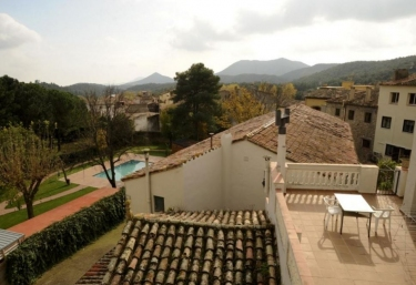 Can Bernat - Maçanet De Cabrenys, Girona