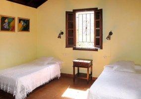 Dormitorio doble muy luminoso