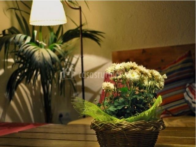 Detalle de la sala de estar de la masia