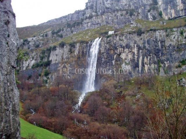 Parque natural y nacimiento del río Asón