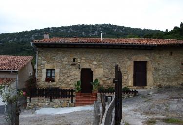 El Pozu - Buelles, Asturias
