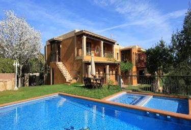 Casas rurales con piscina en sant antoni de portmany - Ibiza casas rurales ...