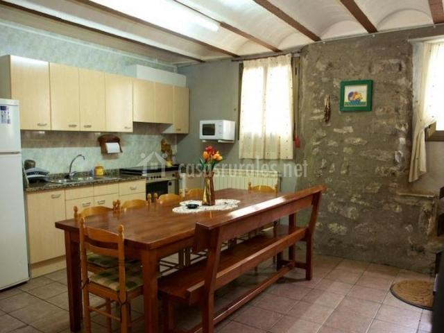 El serradal en sant joan de les abadesses girona - Casas rurales cadaques ...