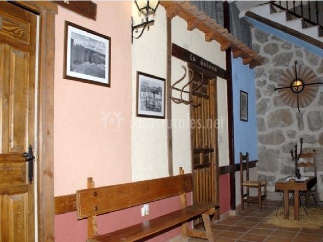 Hall amueblado