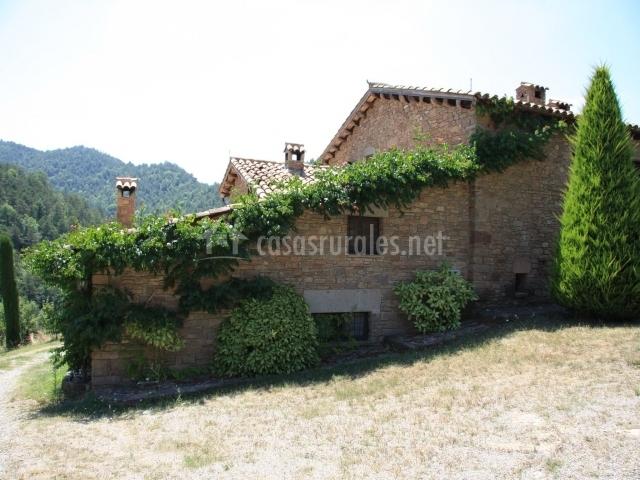 La mentideta en muntanyola barcelona - Casa rural economica barcelona ...