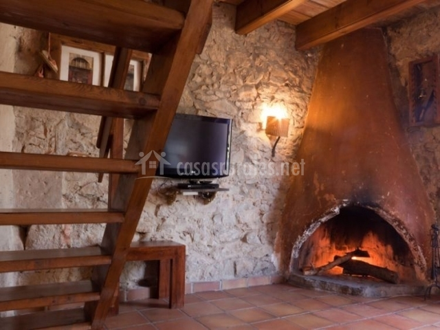 L estable en berga barcelona - La casa de la chimenea ...