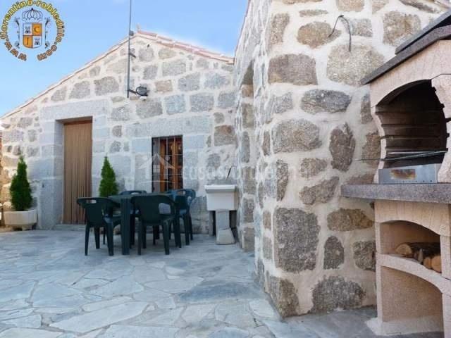 Casas rurales florentino el berrueco en robledillo vila - Casa rural con perro madrid ...
