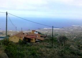 Vista del alojamiento desde lejos