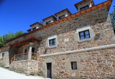 Casa Baz - Robles De Laciana, León