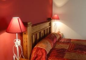 Dormitorio cama de matrimonio