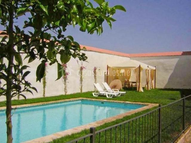 Casa de la cig e a casas rurales en ecija sevilla - Casas con piscina en sevilla ...