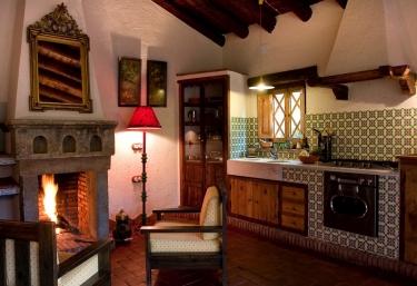 Casa de La Tortuga - Alajar, Huelva