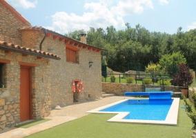 Casa desde la piscina