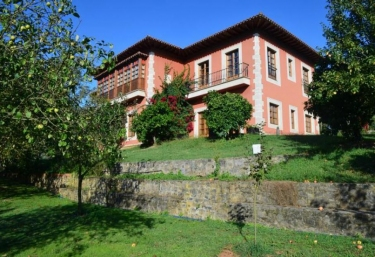 Apartamentos Quinta la Espadaña - Bedriñana, Asturias