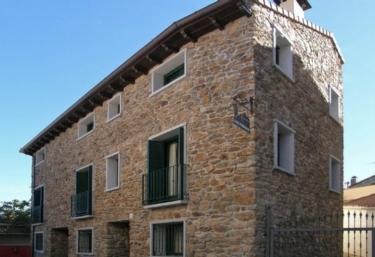 Los Portales III - Garganta De Los Montes, Madrid