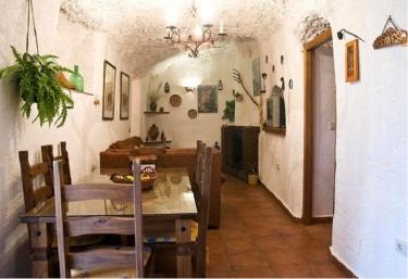 Casa Cueva Negratín - Cuevas Del Campo, Granada
