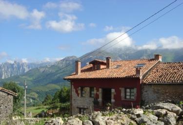 2 casas rurales en pandiello cabrales - Casa rural cabrales ...