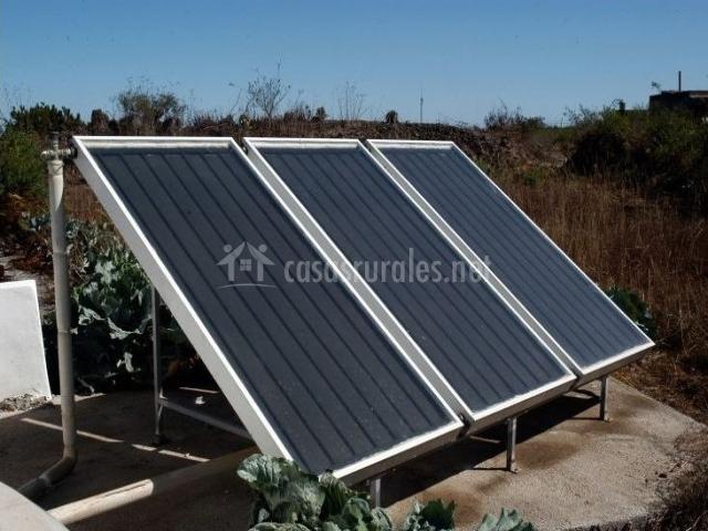 Placas solares en nuestro alojamiento