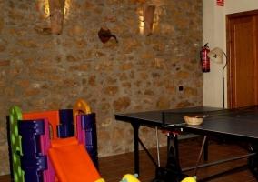 Juegos y mesas de ping-pong