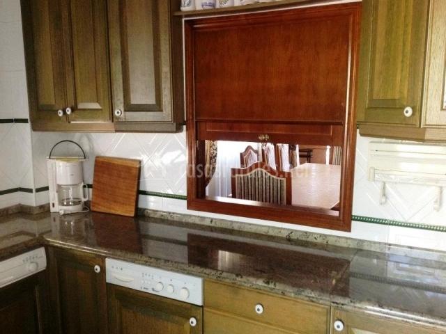 Muebles de madera de la cocina